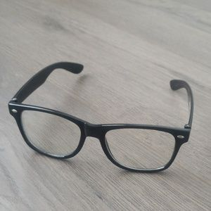 Claire's Black Frame Clear Lenses